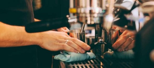 Top 4 Simple Tips For Cleaning Your Espresso Machine